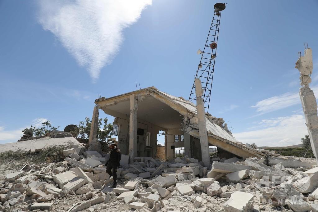 シリア北西部、政権とロシアが空爆強化 120人死亡18万人が避難
