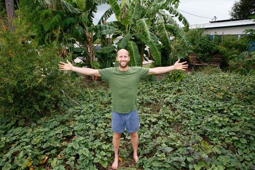 都会で1年間食費ゼロ生活に挑戦! 米男性のCO2削減プロジェクト