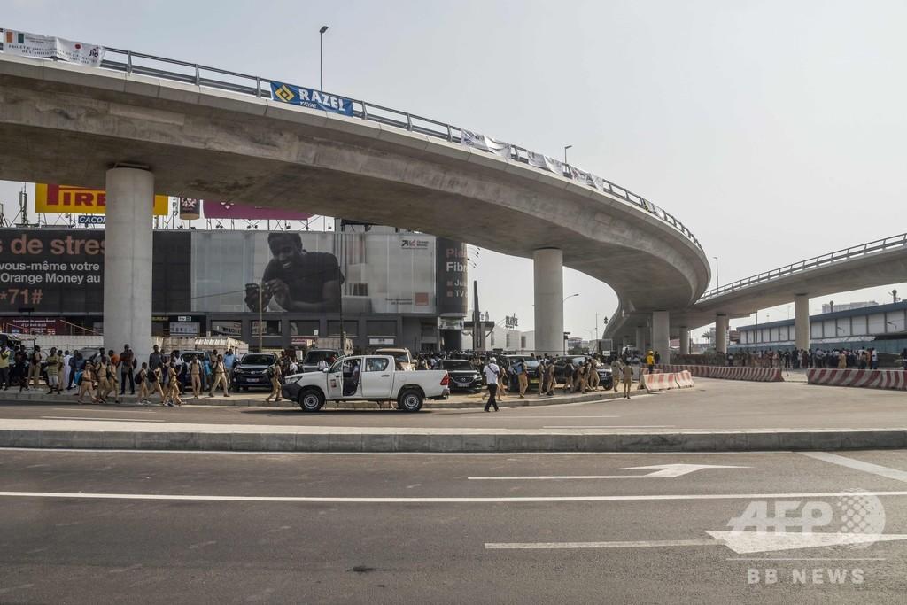 日本が資金協力した高架橋が開通 コートジボワール