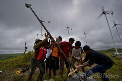電力供給の遅れを逆手に初めから再生可能エネ導入、インドネシア