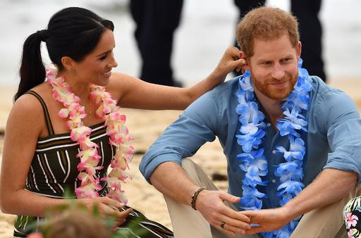 【写真特集】オセアニア歴訪のヘンリー英王子とメーガン妃