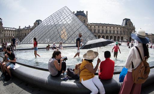 フランスの昨年の観光客数、過去最高更新 黄ベストの影響小さく