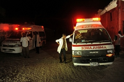 アルシャバーブがレストラン襲撃、19人死亡 ソマリア首都
