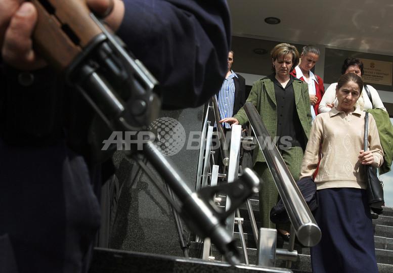 スレブレニツァ虐殺事件で国内法廷が初判断、「事件は戦争犯罪」 - セルビア