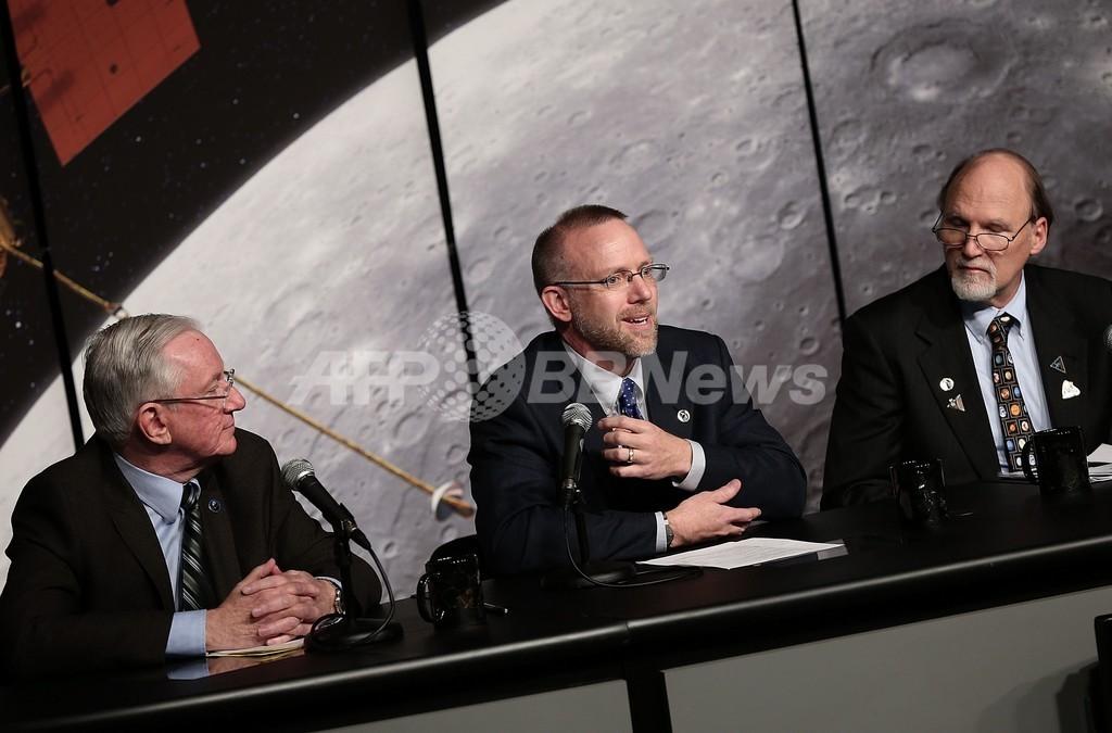 水星の極地域に大量の氷が存在、NASAの探査チームが発表