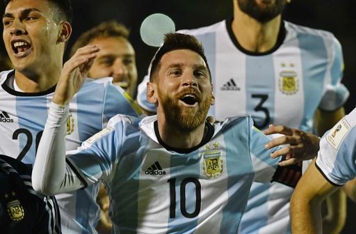メッシが大一番でハットの活躍!アルゼンチンが逆転でW杯出場