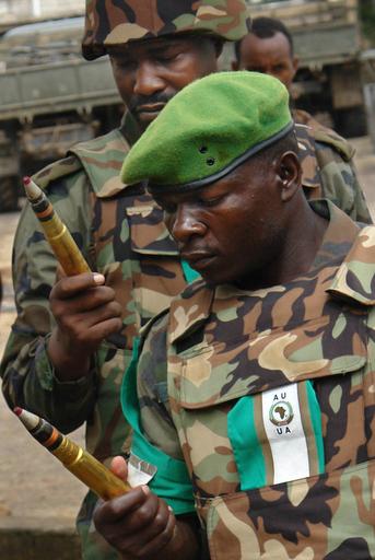 ソマリア国民和解会議、新たな迫撃砲攻撃で再度延期