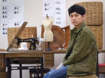 ゼロ年代の演出家・藤田貴大が語る「おんなのこ」の美【前編】