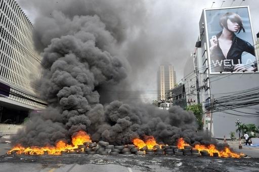 タクシン派の強制排除に着手、バンコク