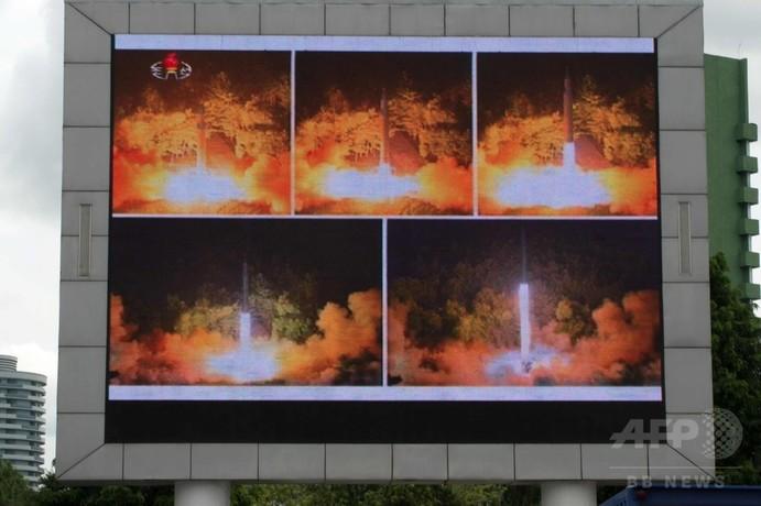 米韓、北への「軍事対抗措置」を検討 ICBM実験で異例の声明