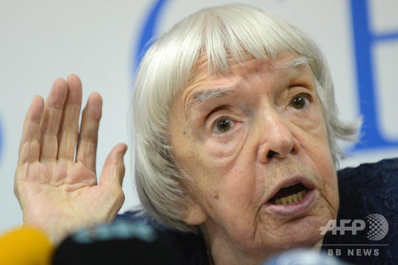 リュドミラ・アレクセーエワ氏死去、91歳 ロシアの人権活動家