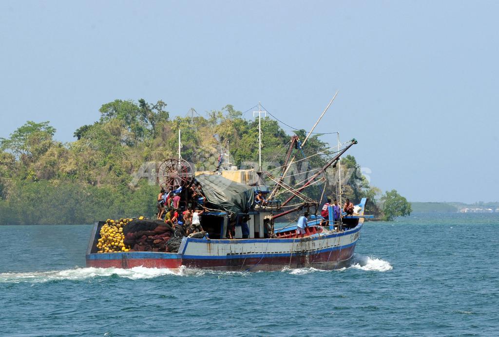 フィリピンと中国、それぞれ南シナ海に禁漁令 にらみ合い解消へ布石か