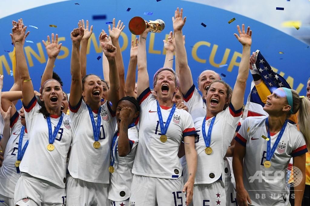 米国が女子サッカーW杯連覇、後半の2発でオランダ沈める