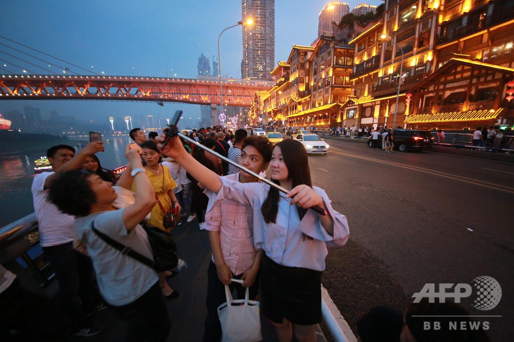 「インスタ映えする街」重慶、後遺症に苦しむ 民泊乱立でトラブルも