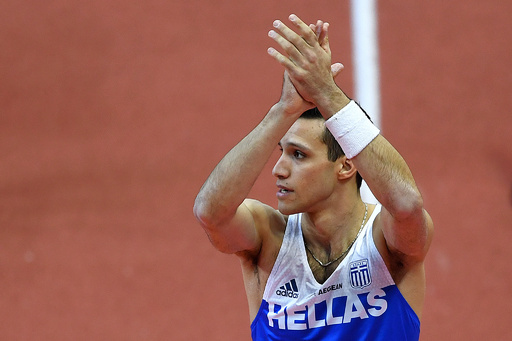 ギリシャの棒高跳び選手、負傷の原因となった五輪スタジアムを訴える