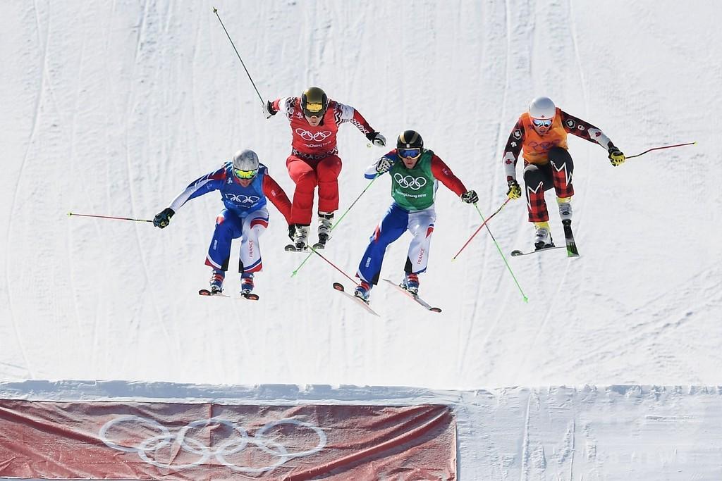 スリル尽きないスキークロス、危険も満載 平昌五輪