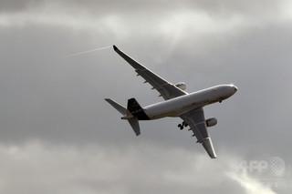 空の旅も寝台で、エアバスが専用客室を開発 貨物室に設置