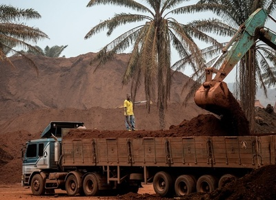 マレーシア、ボーキサイトの採掘禁止措置を解除へ 環境へのダメージ懸念も