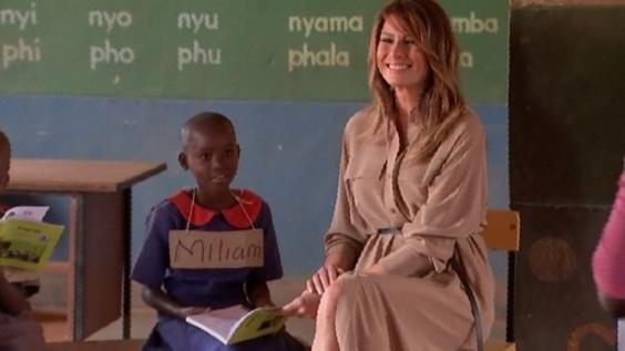 動画:メラニア夫人がマラウイの学校訪問、アフリカ歴訪中