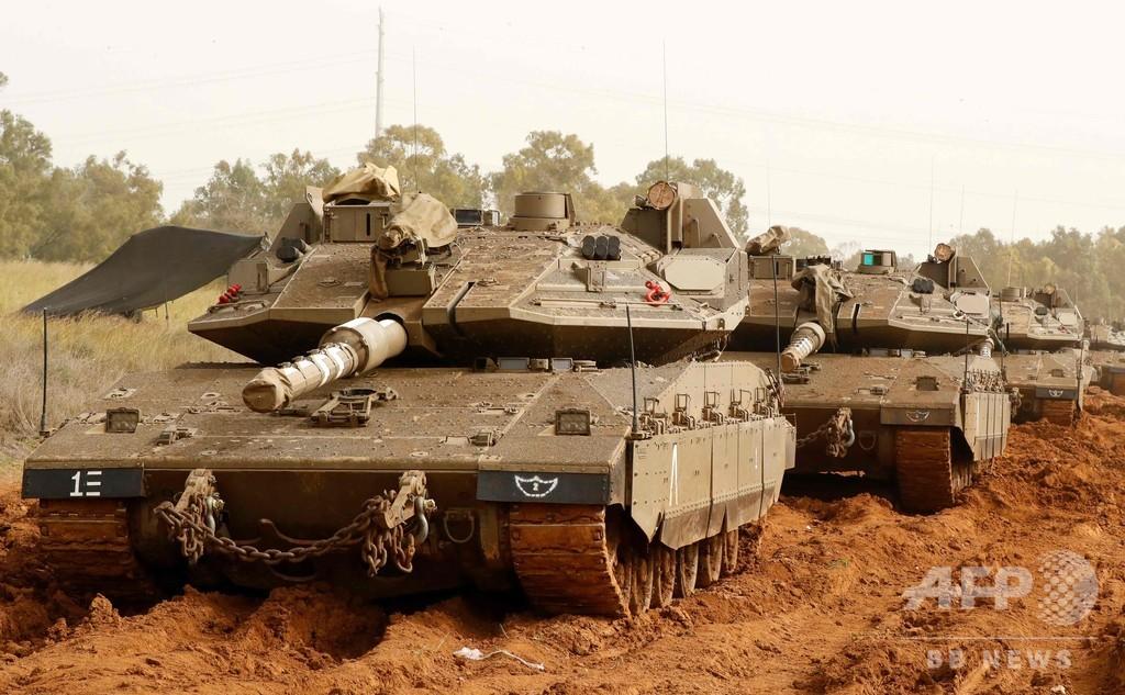 ガザ地区からロケット弾、イスラエル軍が戦車で報復 大規模デモの数時間後