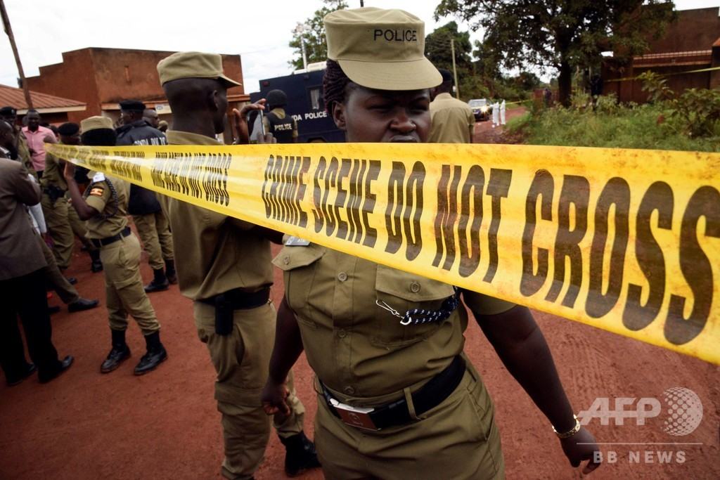 武装集団が米国人観光客を誘拐、身代金5600万円要求 ウガンダ