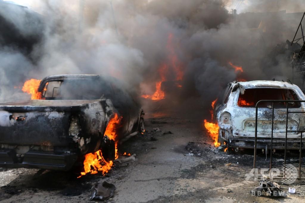 シリア北部で爆発物を積んだタンクローリーが爆発、46人死亡