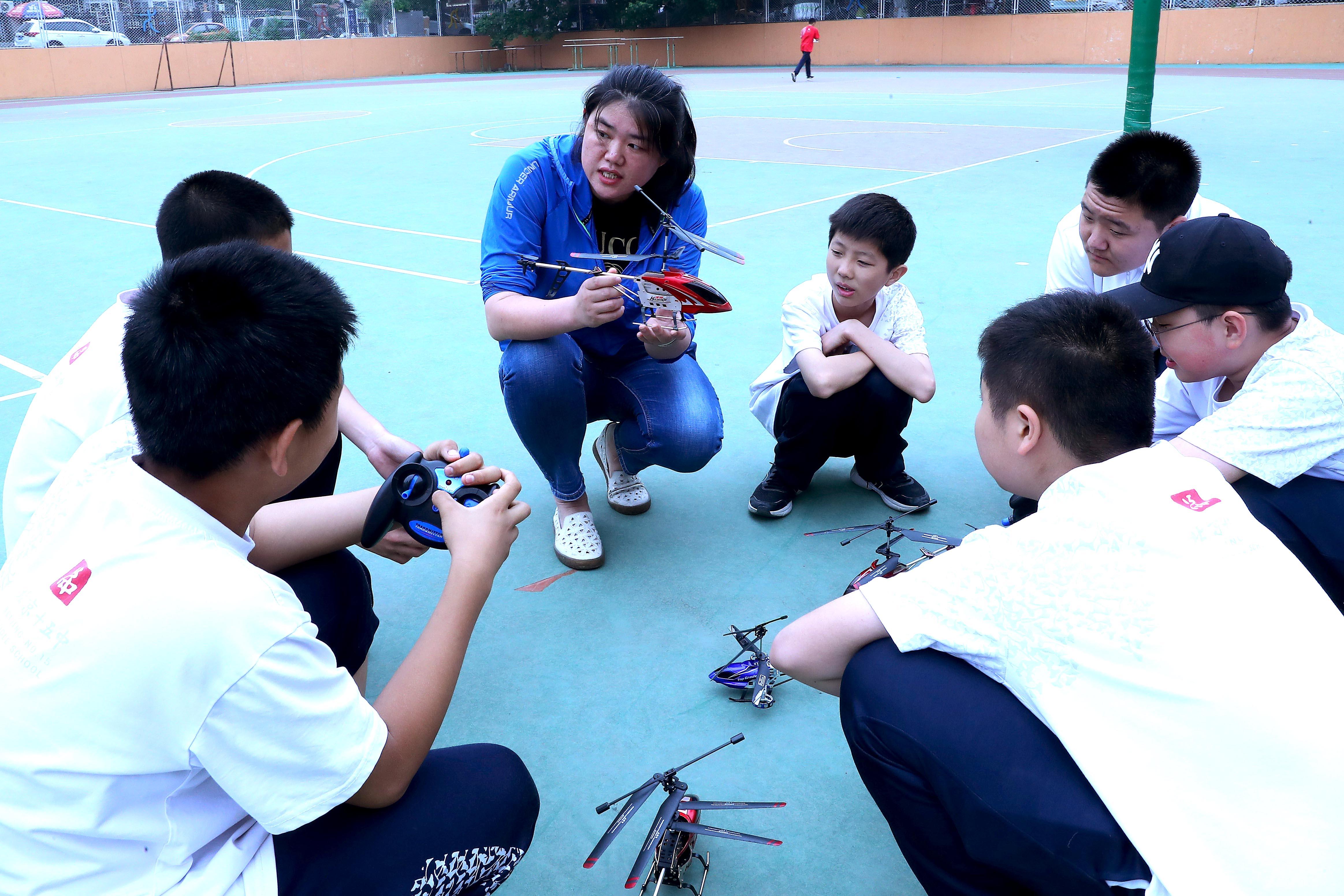 中国内地の中学生、読解力・数学・科学でトップに 国際学力調査