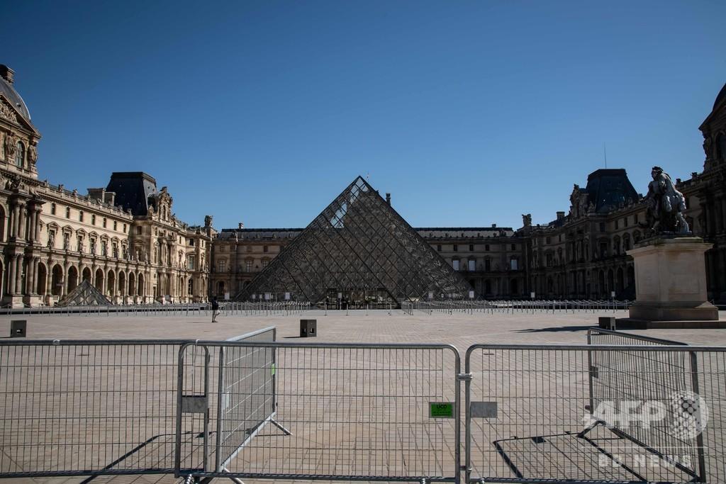 フランスの新型コロナ死者、186人増えて860人に