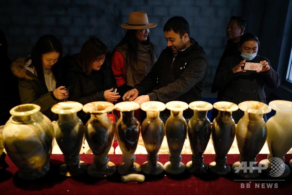 チベット吉隆国際国境貿易市場がオープン