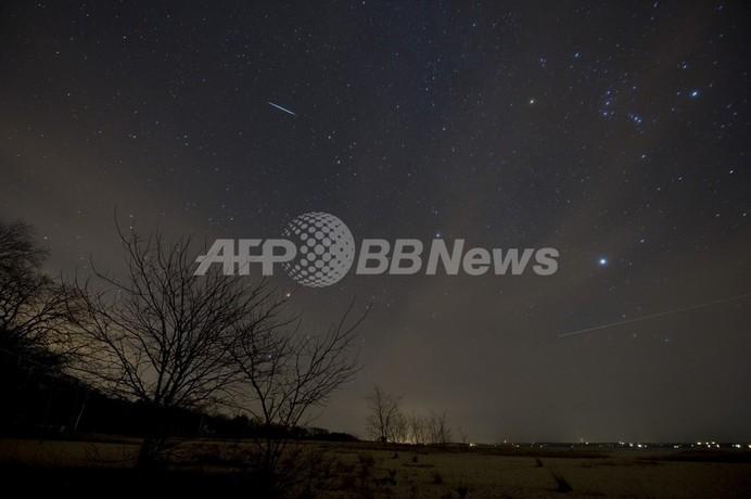 冬の夜空彩る「ふたご座流星群」、観測ピークは14~15日