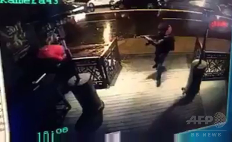 トルコ銃乱射、実行犯の身元特定 外相認める