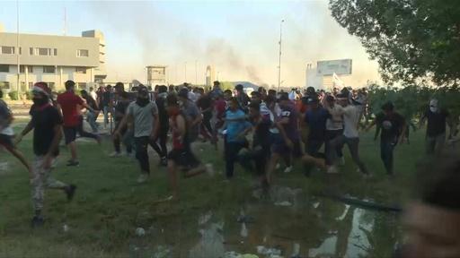 動画:イラク首都でまた衝突、デモの死者100人超える 改革案発表でも収束せず