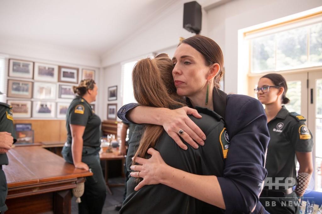 「まるでチェルノブイリ」 NZ噴火、果敢な救助活動に称賛も