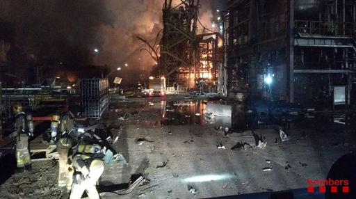 スペインの化学工場で爆発 3人死亡