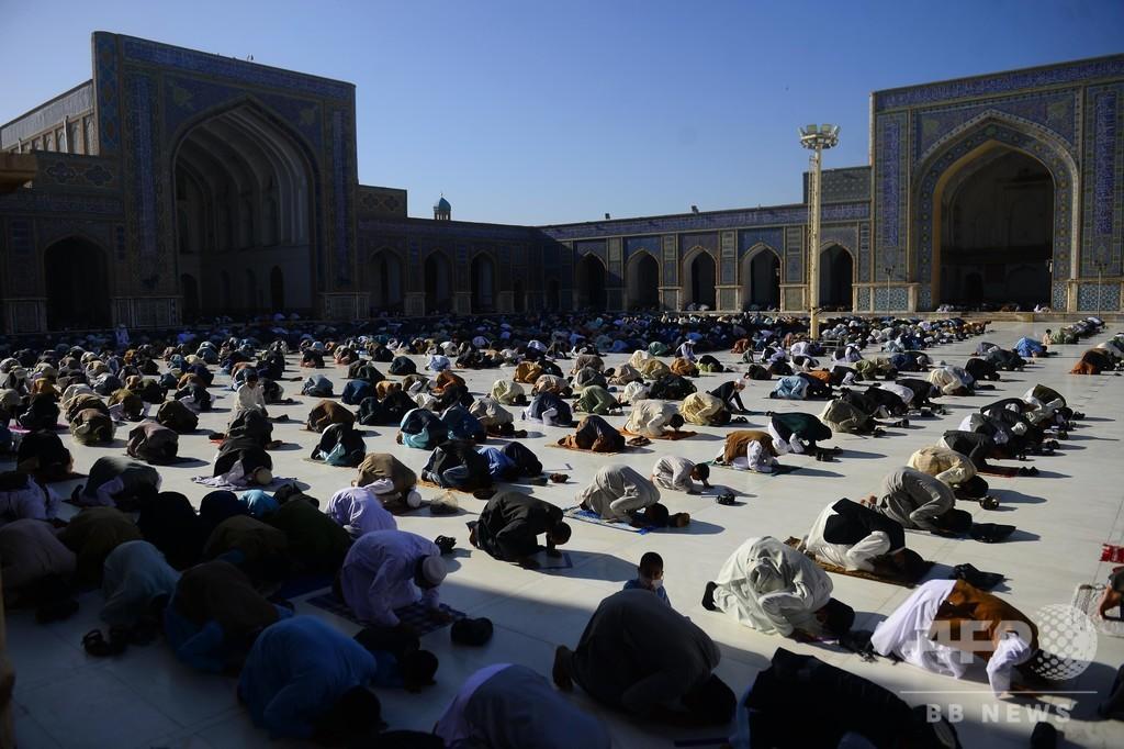 アフガン大統領、タリバンの捕虜最大2000人解放の手続き開始