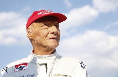 F1名ドライバーのラウダ氏が肺移植、病院発表