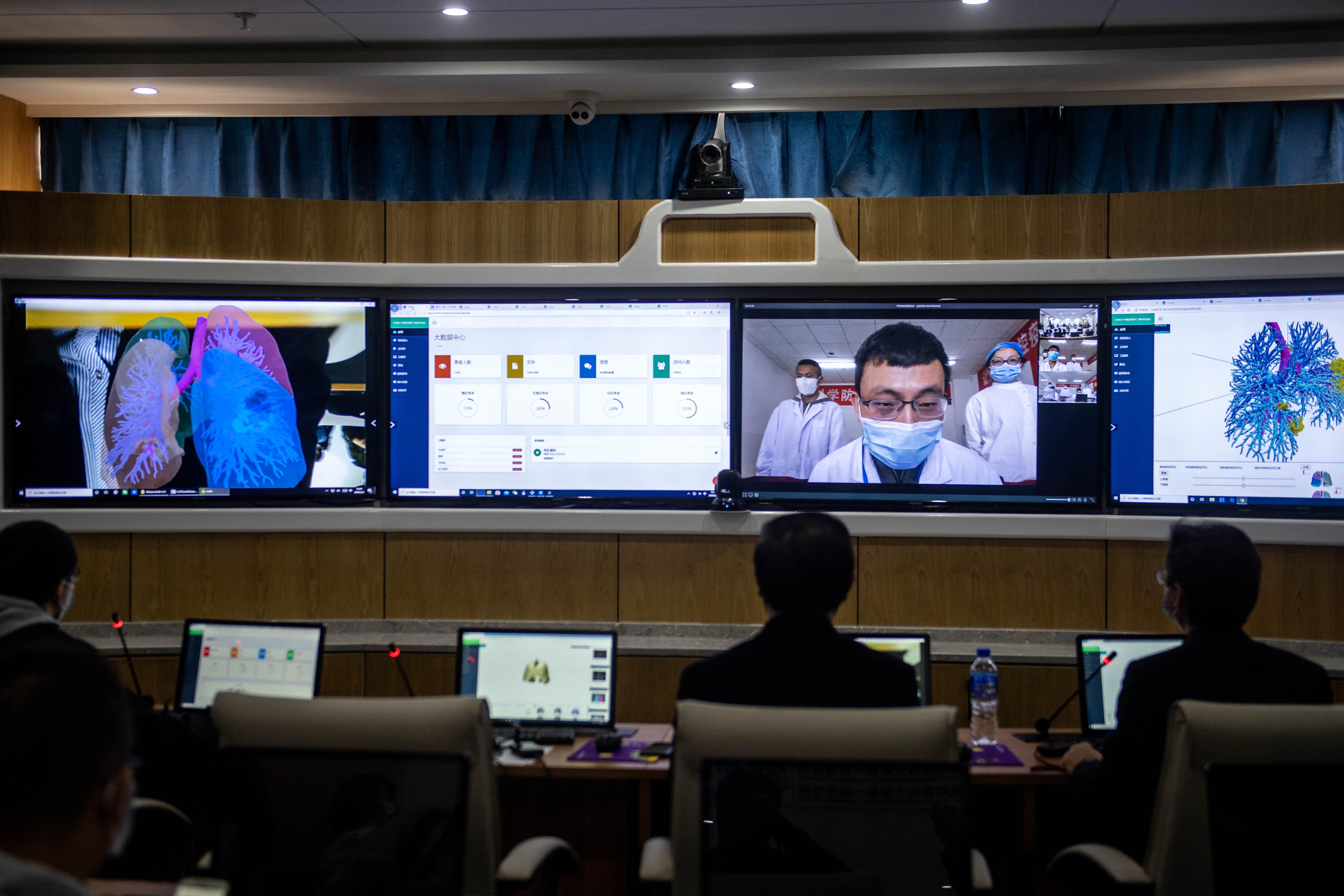 雲南省の医師、3D技術を使って新型肺炎患者の肺を診察