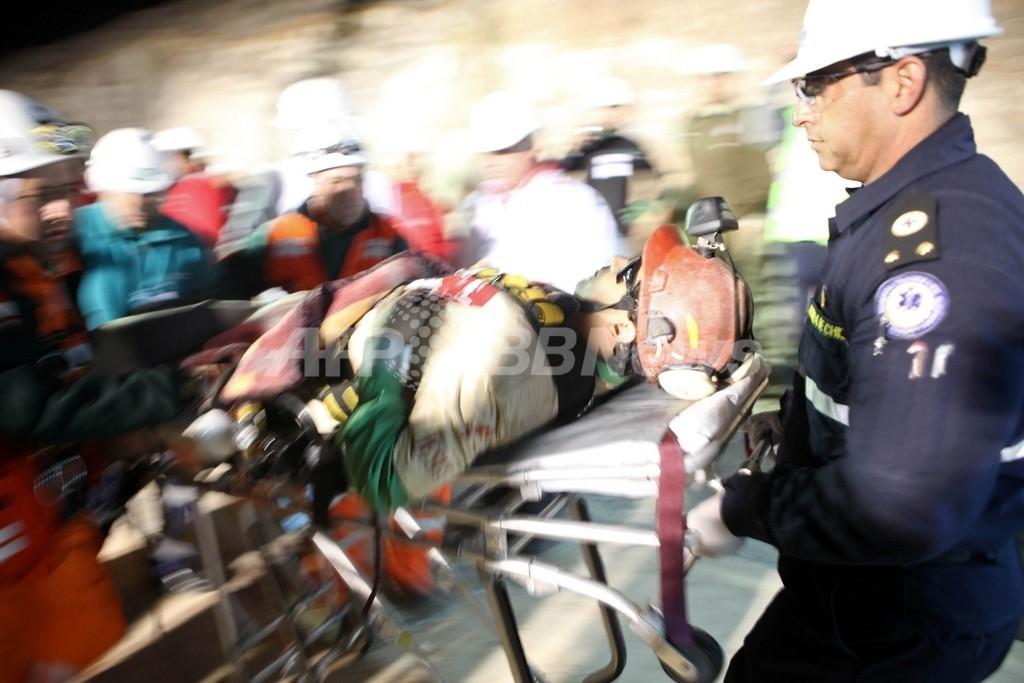 チリ鉱山落盤事故、救出された作業員の精神面での懸念