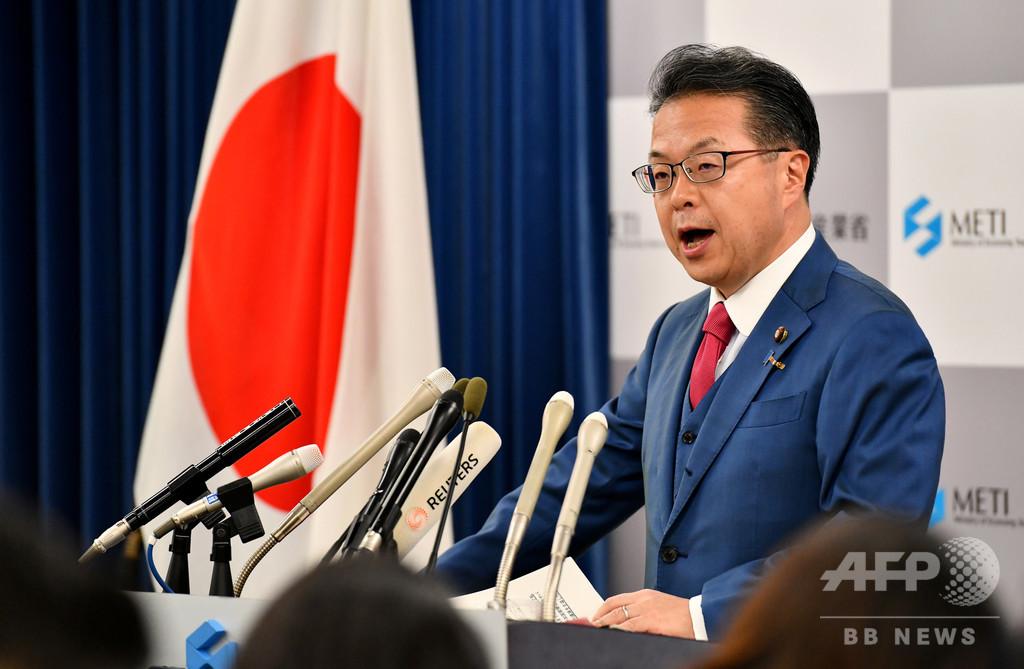 世耕経産相、韓国の日本優遇国除外に「根拠が全く不明」