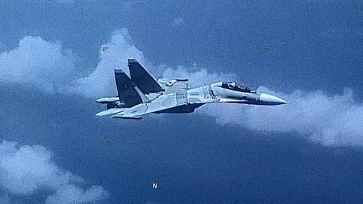 動画:ベネズエラのロシア製戦闘機、カリブ海上空で米偵察機を「攻撃的に追跡」 実際の映像