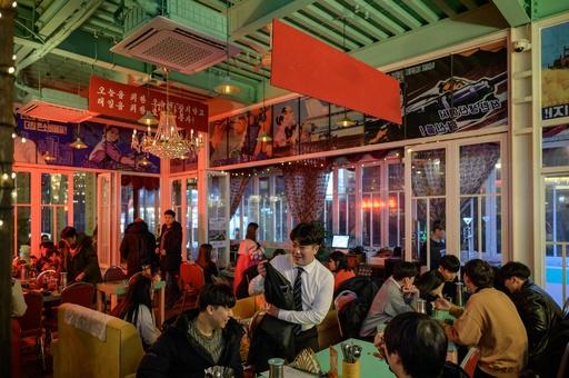 「平壌バー」で一杯いかが? ソウルで唯一