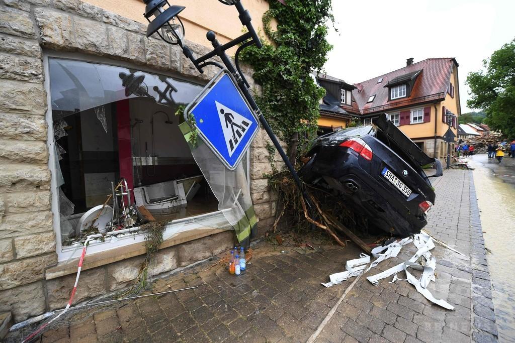 ドイツ南部で大洪水、4人死亡 「数時間で数か月分の雨」