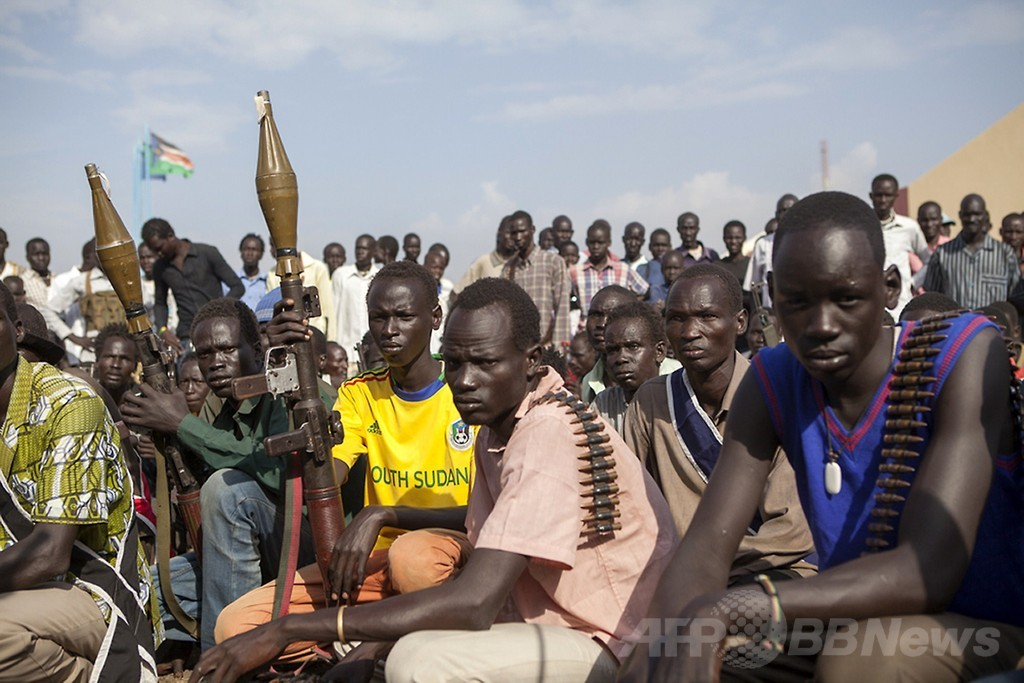 南スーダンに崩壊の危機、反乱軍との戦闘激化