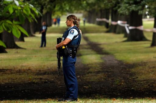 モスク銃乱射を実行犯が自撮り、動画拡散 NZ警察が注意呼び掛け