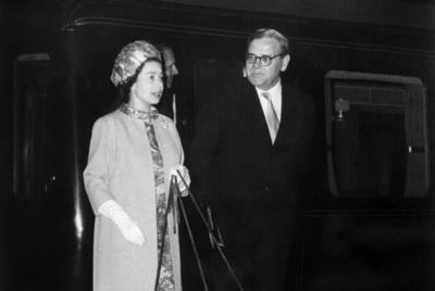 エリザベス英女王が飼育の愛犬コーギー、最後の1頭が死ぬ