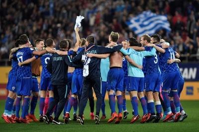 クロアチアがロシア行き決める、ギリシャと敵地でドロー
