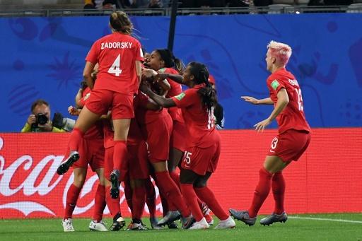 カナダが決勝T進出、ニュージーランドに快勝 女子W杯