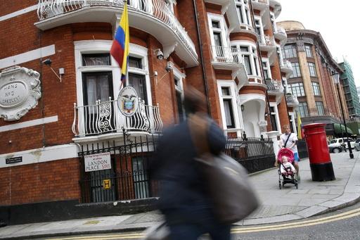 ウィキリークスのアサンジ容疑者のネット回線切断 在英エクアドル大使館