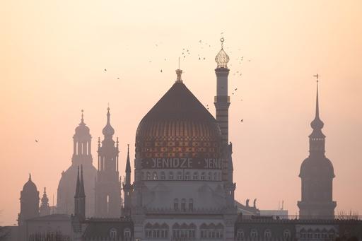 【写真特集】AFPのカメラマンが世界中で撮影した朝日