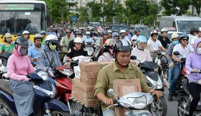 ベトナム首都、市街地へのバイク乗り入れを禁止へ 2030年までに
